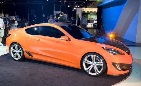 Tire, Wheel, Automotive design, Vehicle, Event, Car, Personal luxury car, Performance car, Alloy wheel, Auto show,
