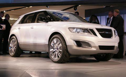 Tire, Wheel, Automotive design, Vehicle, Product, Automotive tire, Land vehicle, Event, Car, Alloy wheel,