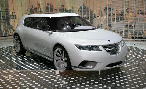 Tire, Mode of transport, Automotive design, Vehicle, Land vehicle, Car, Glass, Headlamp, Technology, Automotive mirror,
