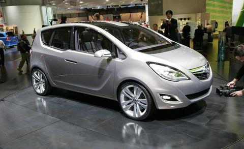 Motor vehicle, Wheel, Mode of transport, Automotive design, Vehicle, Land vehicle, Car, Hatchback, Automotive wheel system, Auto show,