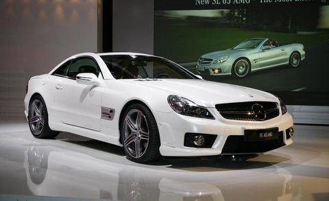 Tire, Wheel, Mode of transport, Automotive design, Vehicle, Land vehicle, Car, Alloy wheel, Rim, Personal luxury car,