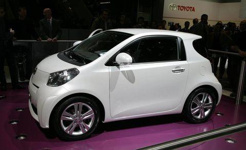 Wheel, Motor vehicle, Tire, Automotive design, Vehicle, Land vehicle, Car, Automotive wheel system, Auto show, Hatchback,