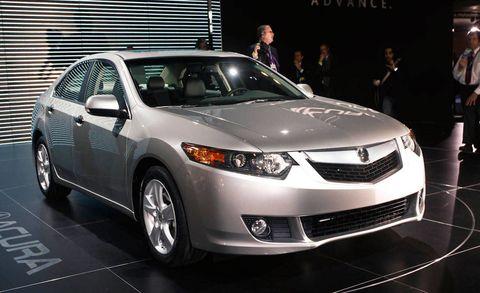 Vehicle, Land vehicle, Automotive design, Event, Product, Car, Technology, Headlamp, Fender, Glass,