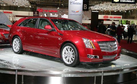 Tire, Wheel, Automotive design, Vehicle, Land vehicle, Event, Car, Alloy wheel, Exhibition, Auto show,