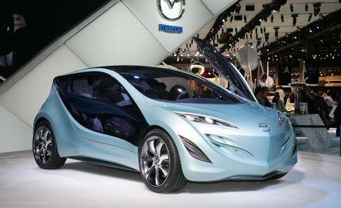 Motor vehicle, Wheel, Mode of transport, Automotive design, Transport, Vehicle, Land vehicle, Car, Vehicle door, Fender,