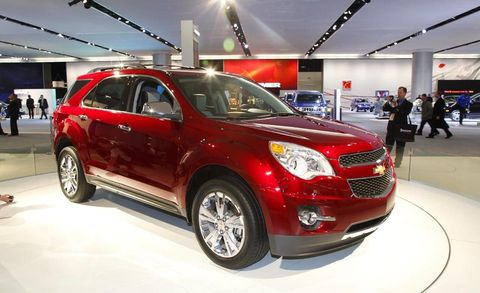 Motor vehicle, Tire, Automotive design, Vehicle, Car, Grille, Fender, Rim, Crossover suv, Automotive tire,