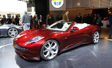 Tire, Wheel, Automotive design, Land vehicle, Vehicle, Event, Car, Performance car, Automotive wheel system, Personal luxury car,