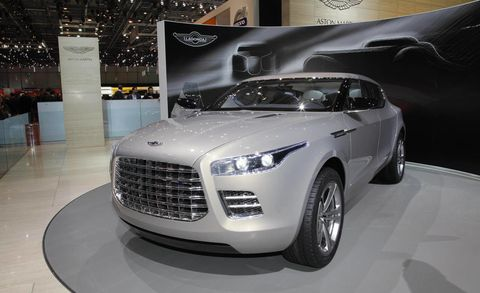 Tire, Motor vehicle, Automotive design, Product, Vehicle, Event, Land vehicle, Grille, Headlamp, Car,