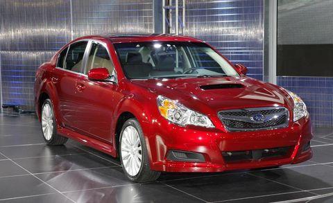 Tire, Automotive design, Vehicle, Automotive lighting, Glass, Car, Hood, Full-size car, Headlamp, Rim,