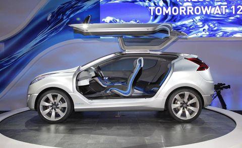 Wheel, Automotive design, Vehicle, Automotive exterior, Car, Vehicle door, Alloy wheel, Fender, Rim, Automotive wheel system,