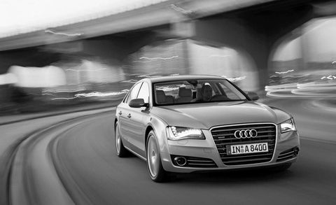 Automotive design, Vehicle, Headlamp, Automotive lighting, Land vehicle, Automotive parking light, Road, Infrastructure, Transport, Grille,