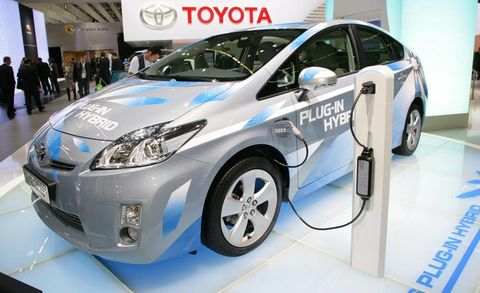 Already Seen And Driven In Prototype Form The Prius Plug Hybrid Electric Vehicle What Many Term A Phev Made Its Official Debut At 2009 Frankfurt