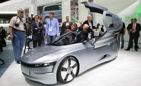 The L1 In Volkswagen Concept Stands For 1 Liter Idea Being That This Roughly 170 Mpg Hybrid Can Travel 100 Km 62 Miles On Just Of