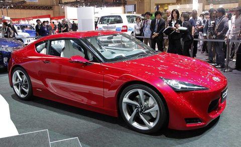 Wheel, Tire, Automotive design, Vehicle, Event, Performance car, Car, Fender, Alloy wheel, Sports car,