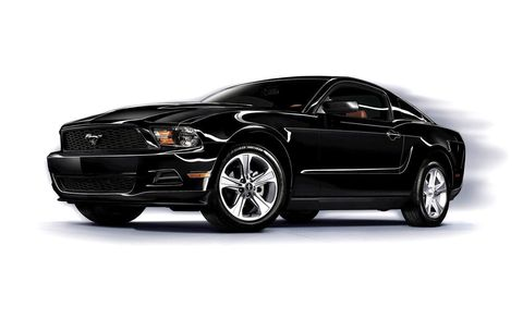 Tire, Automotive design, Automotive tire, Vehicle, Automotive lighting, Rim, Automotive mirror, Hood, Alloy wheel, Car,