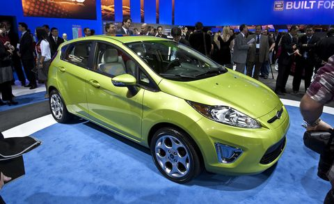 Tire, Motor vehicle, Wheel, Automotive design, Vehicle, Land vehicle, Car, Automotive wheel system, Hatchback, Auto show,