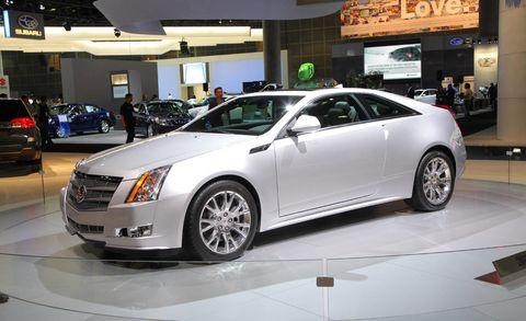 Tire, Wheel, Automotive design, Vehicle, Land vehicle, Event, Car, Technology, Automotive lighting, Fender,