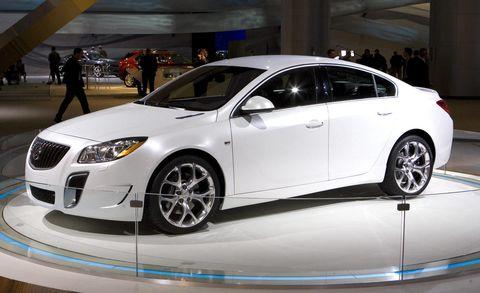 Wheel, Automotive design, Vehicle, Event, Land vehicle, Car, Mid-size car, Full-size car, Personal luxury car, Luxury vehicle,