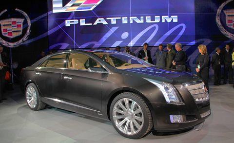 Motor vehicle, Wheel, Tire, Automotive design, Mode of transport, Vehicle, Event, Land vehicle, Car, Technology,