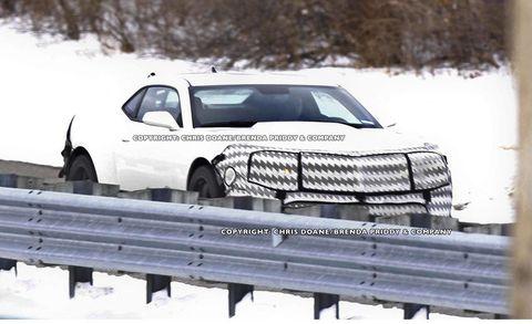 Automotive design, Vehicle, Automotive exterior, Land vehicle, Car, Automotive tire, Fender, Winter, Auto part, Hood,