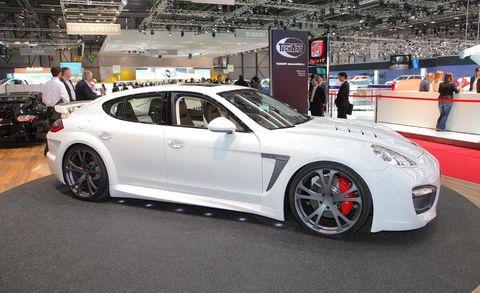 Tire, Wheel, Automotive design, Vehicle, Alloy wheel, Land vehicle, Rim, Spoke, Car, Automotive wheel system,