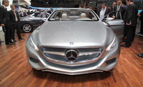 Automotive design, Vehicle, Land vehicle, Event, Car, Personal luxury car, Grille, Floor, Mercedes-benz, Luxury vehicle,