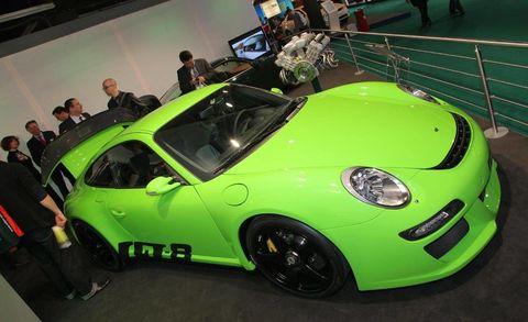 Tire, Wheel, Automotive design, Vehicle, Car, Automotive wheel system, Performance car, Alloy wheel, Fender, Rim,