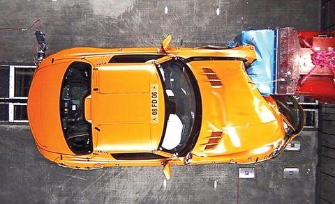 Motor vehicle, Automotive design, Yellow, Automotive parking light, Automotive lighting, Car, Automotive exterior, Fender, Amber, Orange,