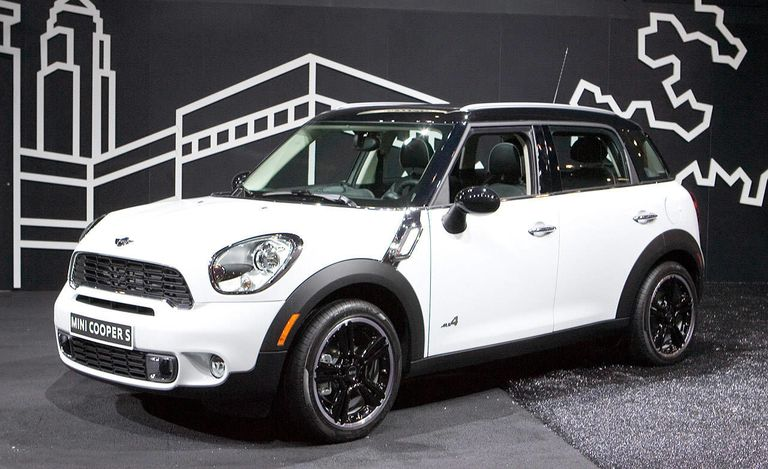 Just Unveiled At The New York Auto Show 2017 Mini Countryman Which Is Making Its North American Debut Despite Sporting A Larger Footprint