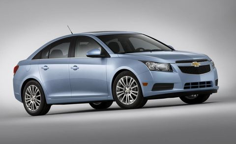 Wheel, Automotive mirror, Mode of transport, Automotive design, Product, Vehicle, Glass, Car, Technology, Full-size car,