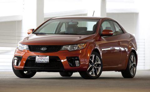 Tire, Wheel, Mode of transport, Vehicle, Automotive mirror, Land vehicle, Automotive design, Automotive lighting, Car, Glass,