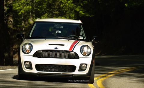 Automotive design, Vehicle, Grille, Headlamp, Automotive lighting, Car, Vehicle door, Mini cooper, Automotive exterior, Hood,