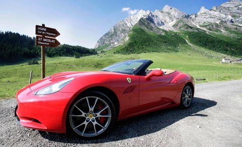Prancing Horse Comparison 2010 Ferrari 458 Italia Versus 2010