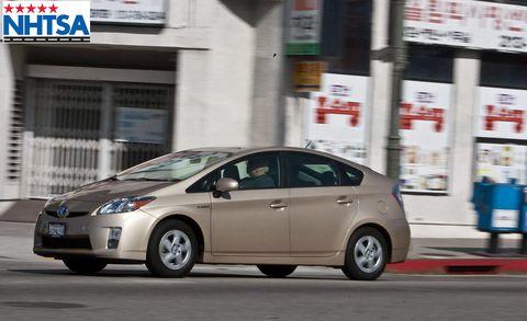 Wheel, Motor vehicle, Tire, Mode of transport, Vehicle, Automotive design, Land vehicle, Transport, Infrastructure, Car,