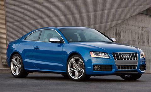Tire, Wheel, Automotive design, Vehicle, Land vehicle, Transport, Hood, Grille, Car, Automotive mirror,