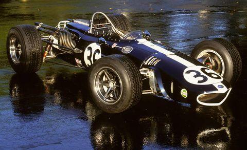 Tire, Wheel, Automotive tire, Automotive design, Automotive wheel system, Open-wheel car, Vehicle, Rim, Car, Race car,