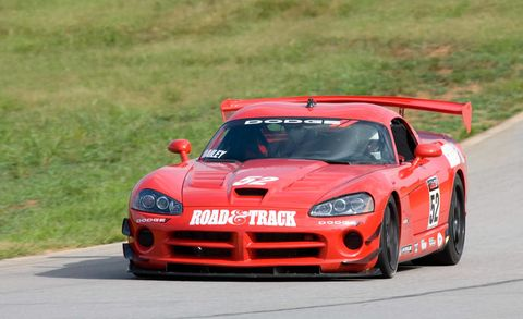Automotive design, Sports car racing, Vehicle, Land vehicle, Hood, Car, Motorsport, Race track, Performance car, Rallying,