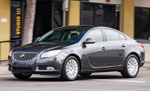 Tire, Mode of transport, Automotive design, Vehicle, Transport, Automotive mirror, Infrastructure, Car, Full-size car, Grille,