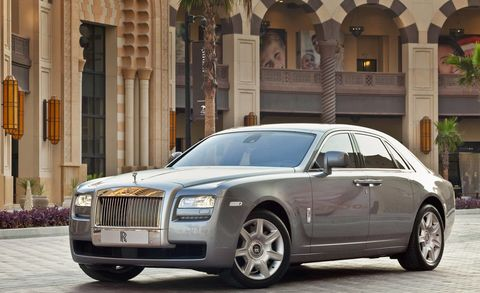 Tire, Wheel, Vehicle, Window, Infrastructure, Automotive design, Grille, Car, Rim, Alloy wheel,