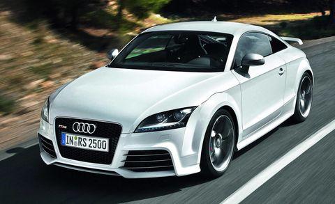 Automotive design, Vehicle, Automotive mirror, Hood, Car, Headlamp, Rim, Grille, Audi, Alloy wheel,
