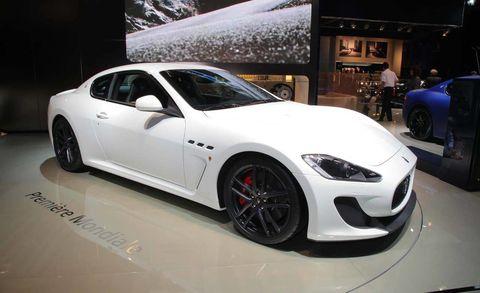 Tire, Wheel, Automotive design, Vehicle, Land vehicle, Rim, Alloy wheel, Performance car, Car, Automotive wheel system,