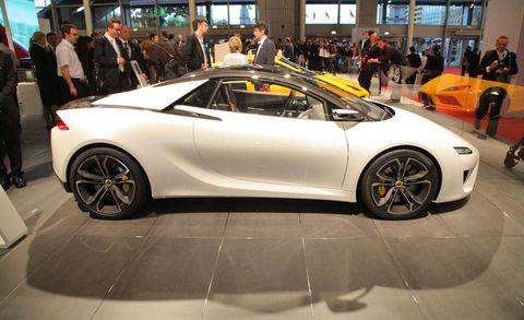 Tire, Wheel, Automotive design, Land vehicle, Vehicle, Event, Rim, Car, Performance car, Alloy wheel,