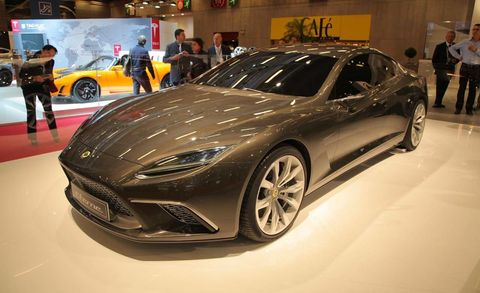 Wheel, Tire, Mode of transport, Automotive design, Land vehicle, Vehicle, Event, Car, Personal luxury car, Auto show,