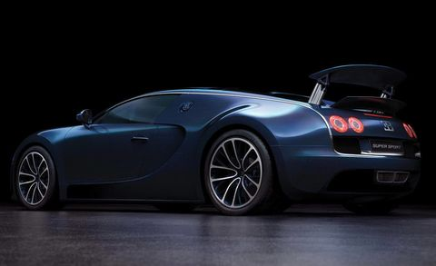 Tire, Wheel, Mode of transport, Automotive design, Vehicle, Automotive lighting, Land vehicle, Car, Rim, Headlamp,