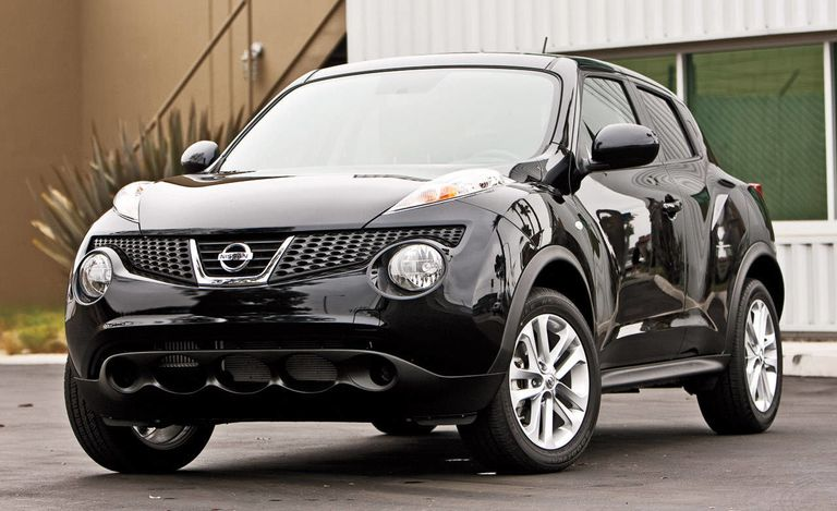 nissan juke sv 2011 nissan juke turbo. Black Bedroom Furniture Sets. Home Design Ideas