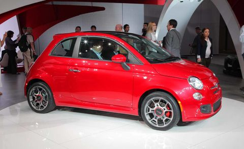 Wheel, Tire, Automotive design, Vehicle, Car, Automotive wheel system, Alloy wheel, Rim, Auto show, Exhibition,