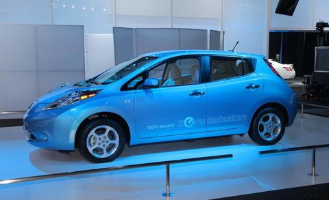 2011 Nissan Leaf North American Debut At The 2010 Los Angeles Auto