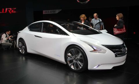 Automotive design, Mode of transport, Vehicle, Event, Land vehicle, Transport, Car, Auto show, Exhibition, Personal luxury car,