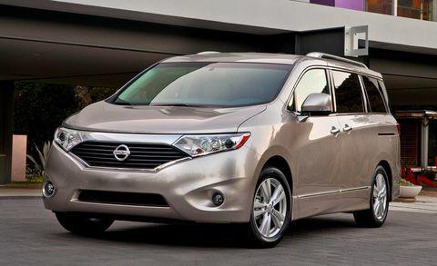 Motor vehicle, Wheel, Mode of transport, Automotive mirror, Daytime, Automotive exterior, Glass, Vehicle, Automotive lighting, Headlamp,