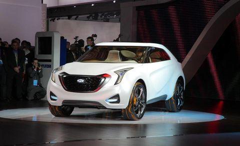 Automotive design, Vehicle, Automotive lighting, Car, Fender, Headlamp, Alloy wheel, Luxury vehicle, Automotive wheel system, Vehicle door,